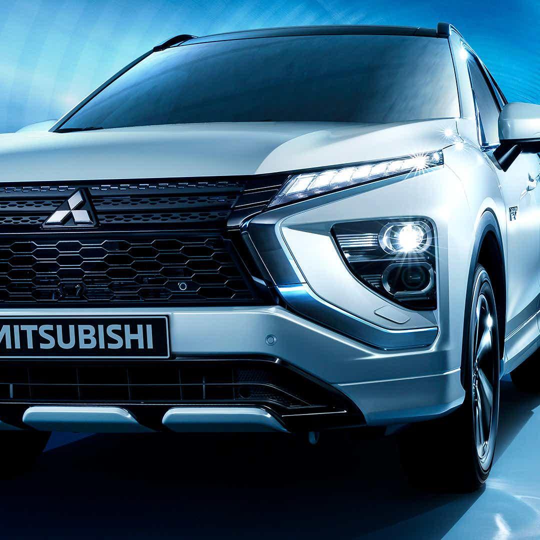 Mitsubishi Outlander PHEV med åben bagsmæk