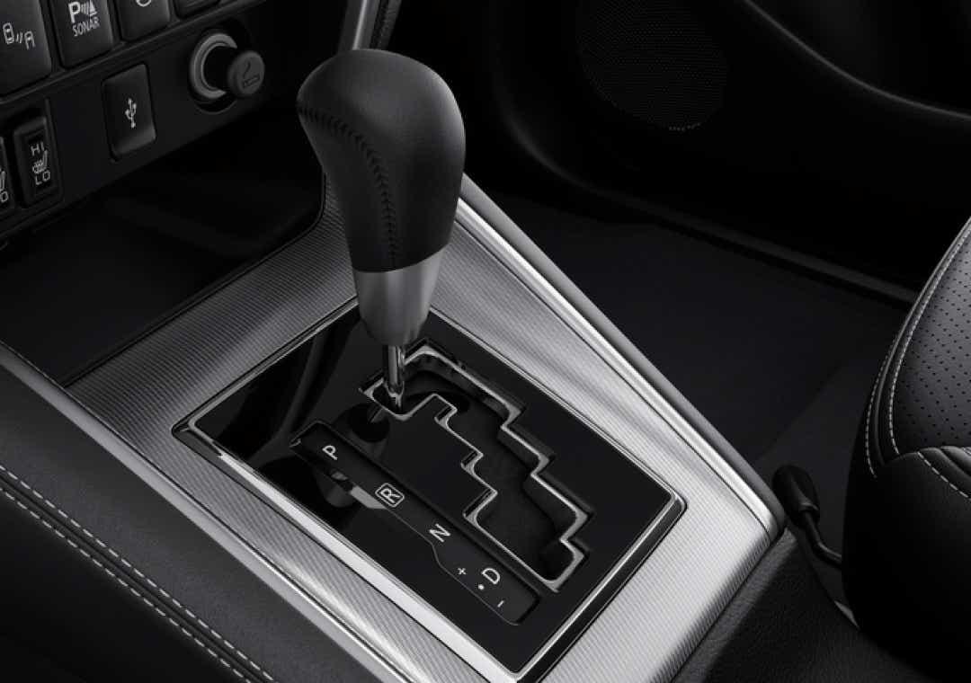 Mitsubishi L200 automatgear