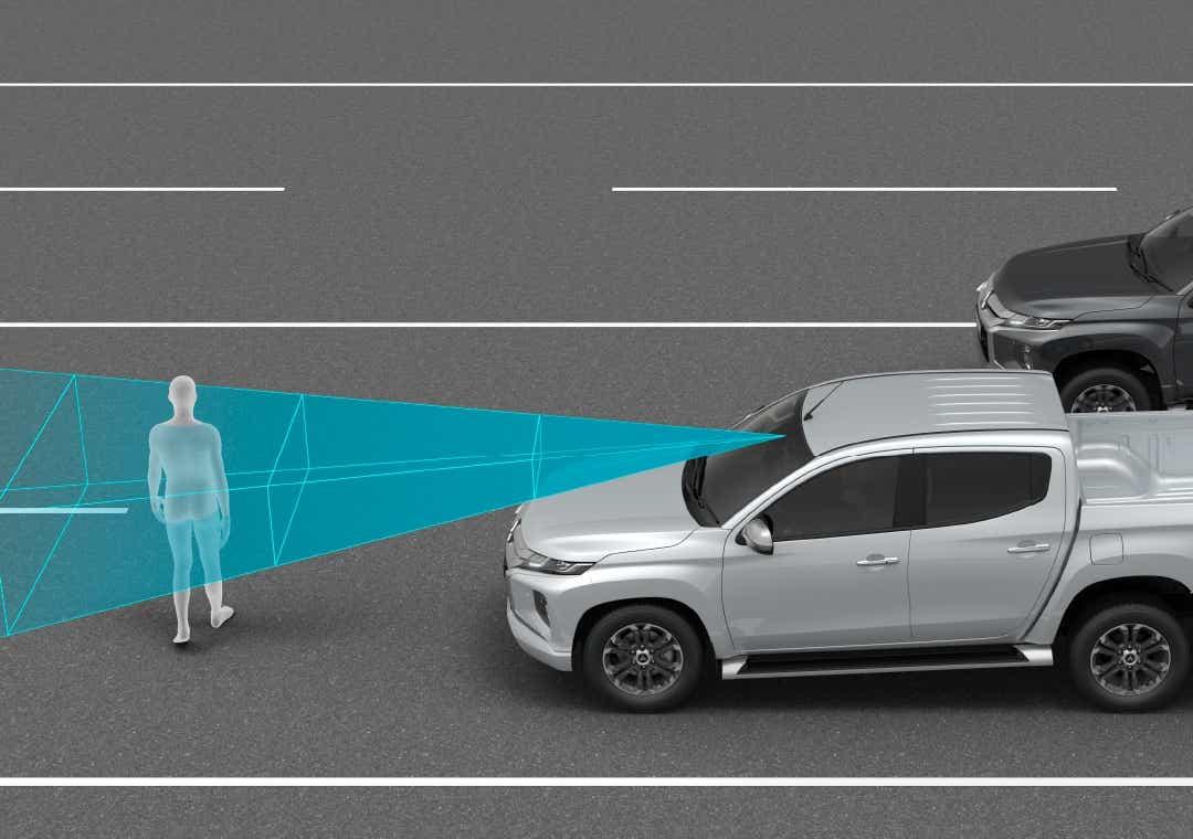 L200 med Blind Spot Detection